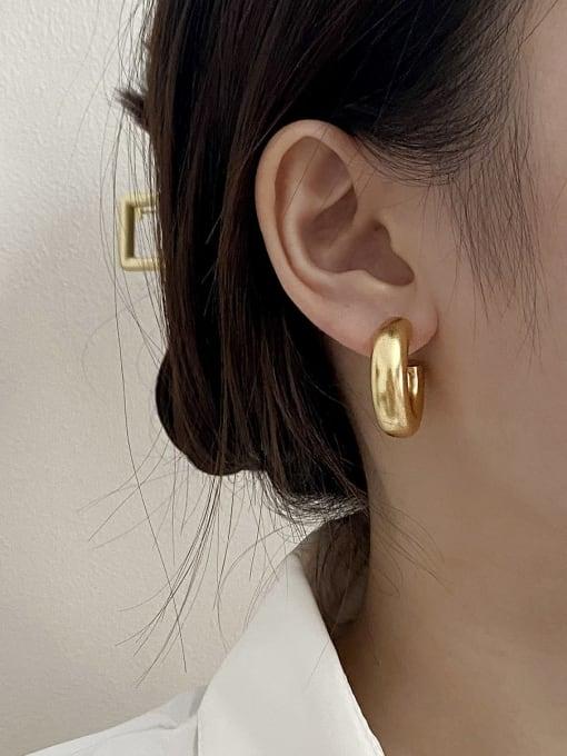HYACINTH Brass Smooth Round Minimalist Hoop Earring 1