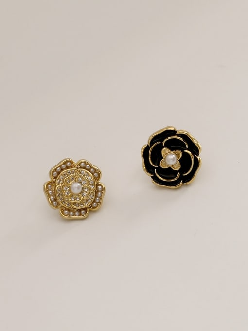 14k gold  black Brass Enamel Flower Vintage Stud Earring