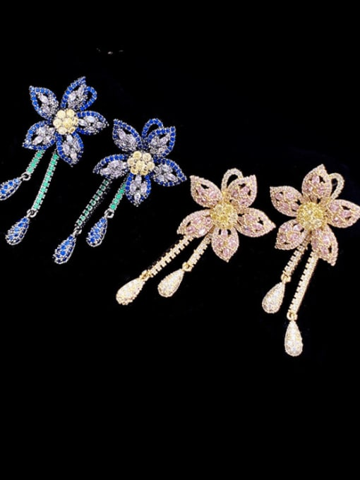 SUUTO Brass Cubic Zirconia Flower Vintage Cluster Earring 1
