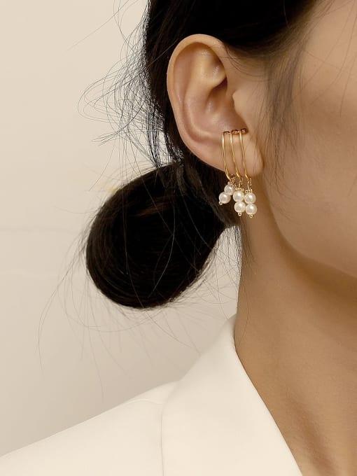 HYACINTH Brass Imitation Pearl Tassel Vintage Clip Earring 1