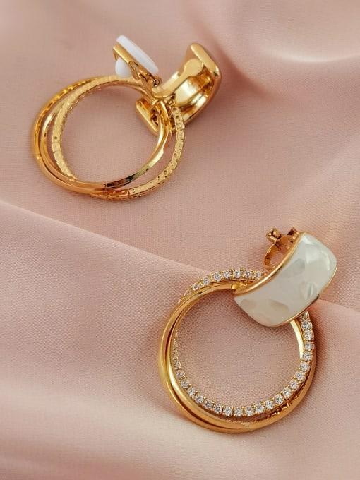 HYACINTH Brass Shell Geometric Minimalist Clip Earring