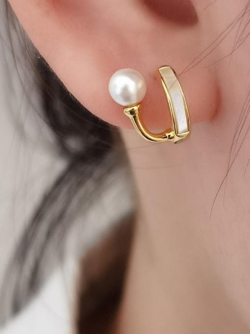 HYACINTH Brass Shell Geometric Minimalist Huggie Earring 2