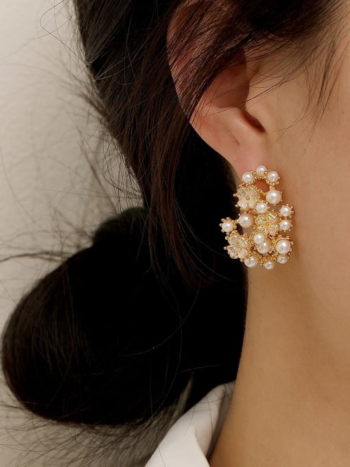 HYACINTH Brass Imitation Pearl Irregular Vintage Stud Earring 1