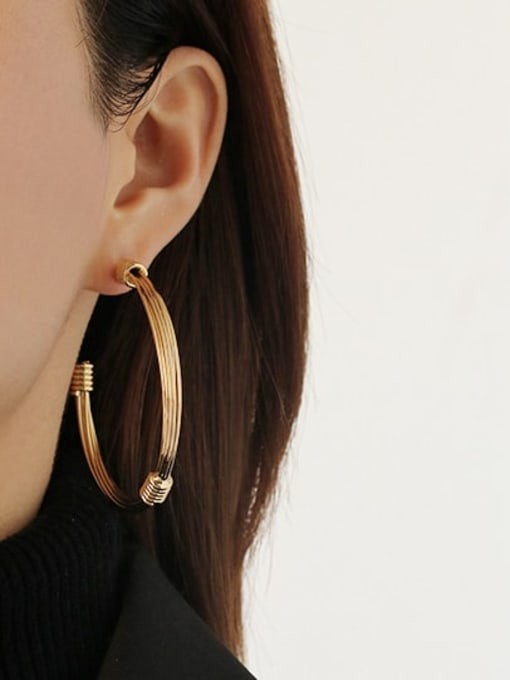 ACCA Brass Round Vintage Single Earring 1