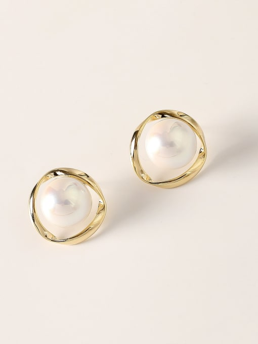 14k Gold Brass Imitation Pearl Round Vintage Stud Earring