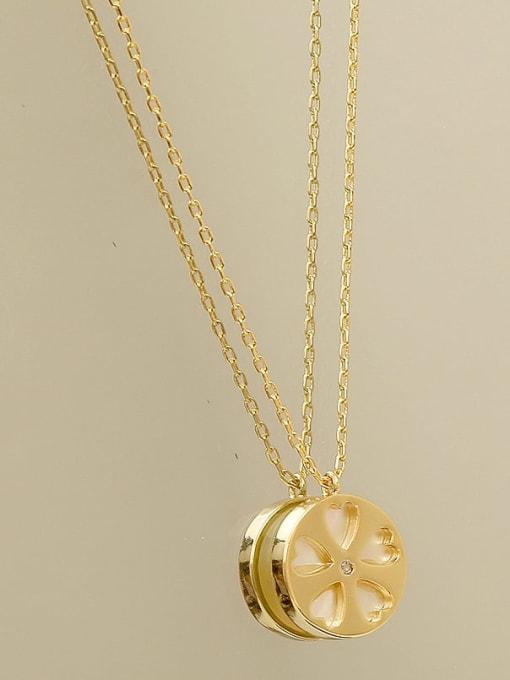HYACINTH Brass Shell Flower Minimalist pendant Necklace 2