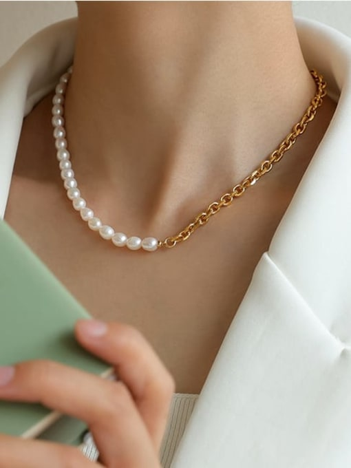 Five Color Brass Imitation Pearl Irregular Vintage Necklace 1