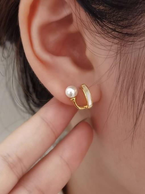 HYACINTH Brass Shell Geometric Minimalist Huggie Earring 1