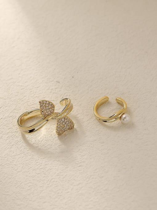 HYACINTH Brass Cubic Zirconia Asymmetry Flower Vintage Clip Earring 0