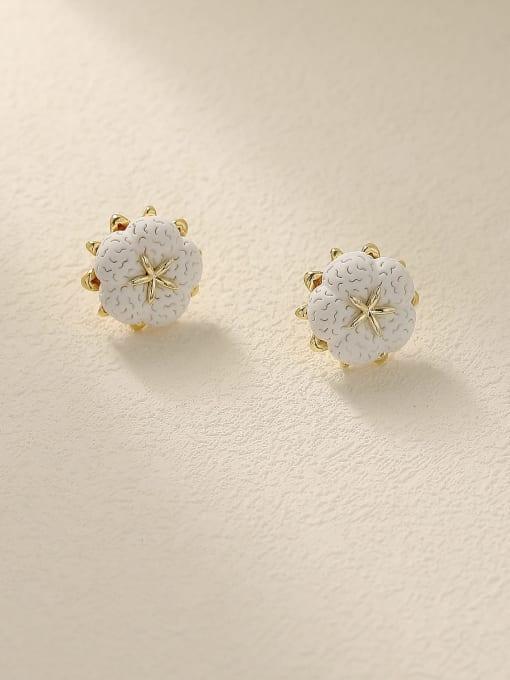HYACINTH Brass Resin Flower Minimalist Stud Earring 2