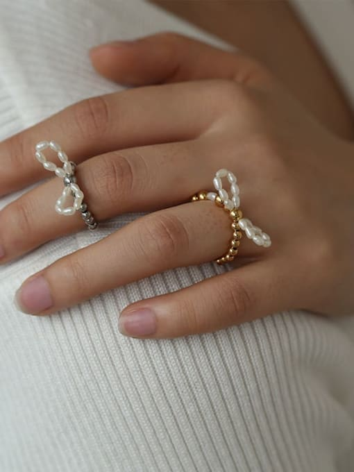 Five Color Brass Freshwater Pearl Bowknot Hip Hop Band Ring 2