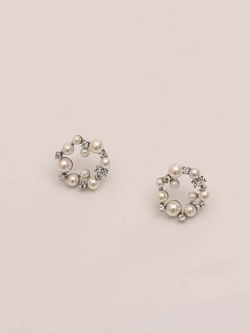 White K Brass Imitation Pearl Geometric Vintage Stud Earring