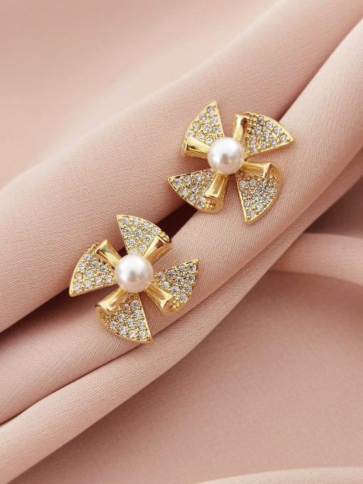 14K gold Brass Cubic Zirconia Clover Minimalist Stud Earring