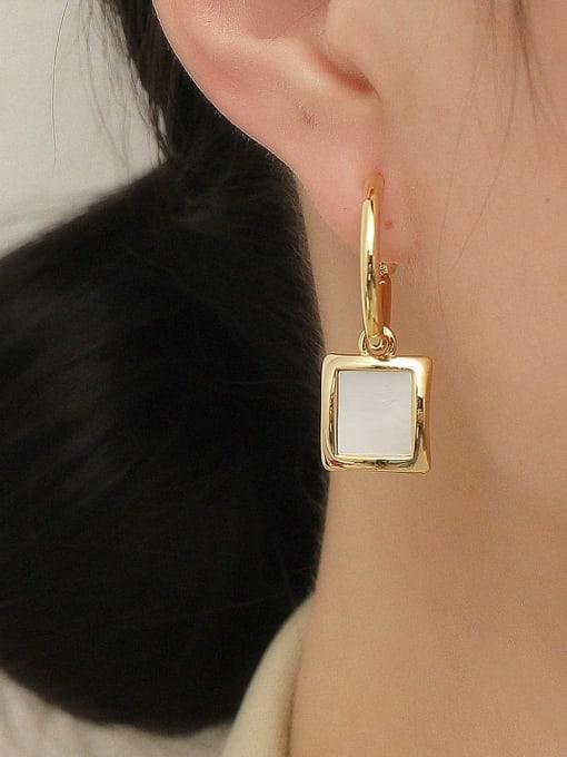 HYACINTH Brass Shell Geometric Vintage Hook Earring 1