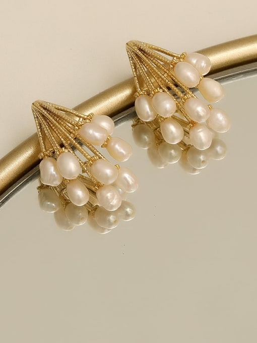 HYACINTH Copper Imitation Pearl Geometric Vintage Stud Earring 0