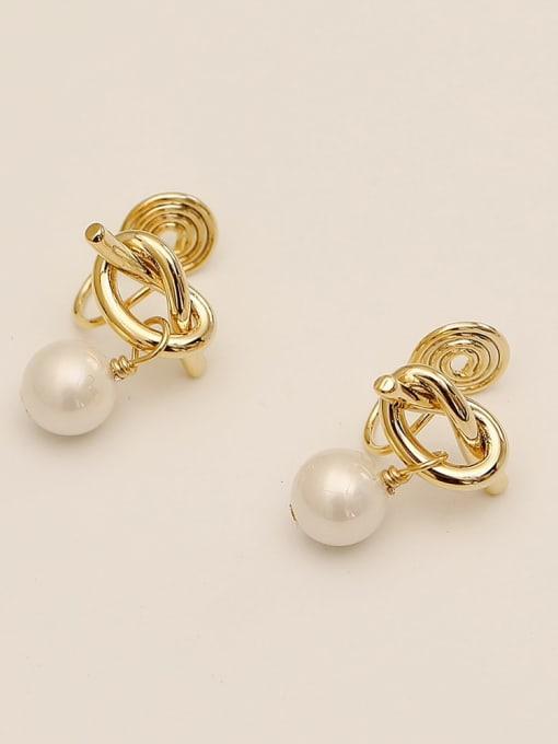 HYACINTH Brass Imitation Pearl Bowknot Ethnic Clip Earring
