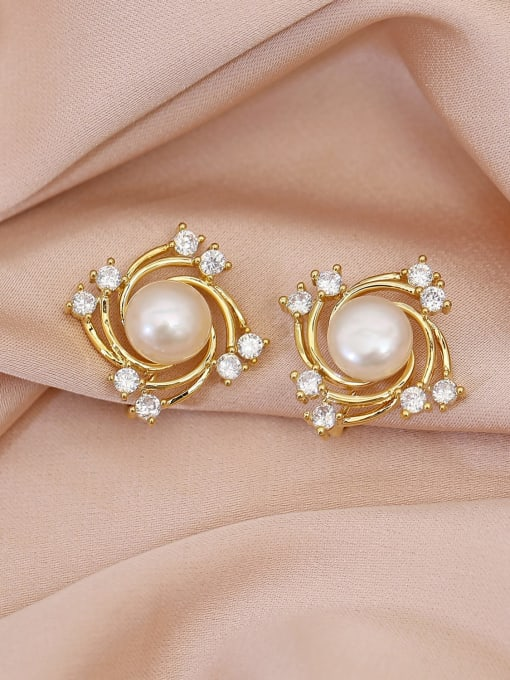 HYACINTH Brass Freshwater Pearl Geometric Trend Stud Earring 0