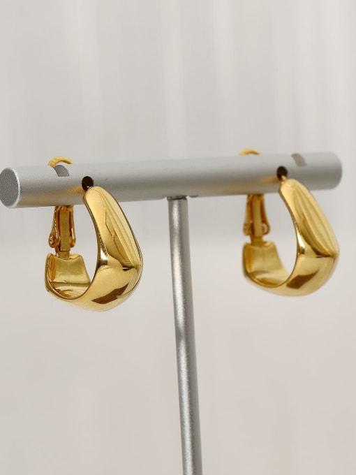 HYACINTH Brass Smooth Geometric Vintage Stud Earring