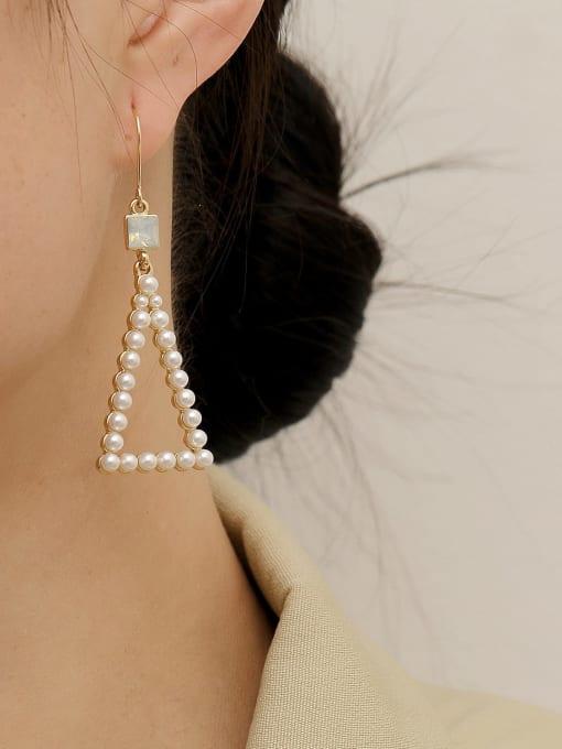 HYACINTH Brass Imitation Pearl Triangle Vintage Hook Earring 1