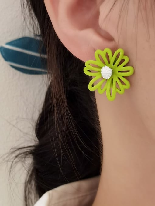 HYACINTH Alloy Enamel Flower Minimalist Stud Earring 1