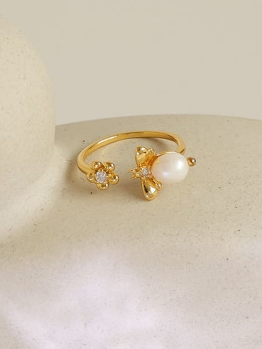Five Color Brass Imitation Pearl Flower Hip Hop Band Ring 0