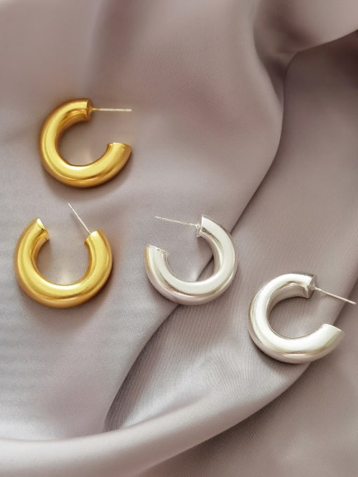 HYACINTH Brass Smooth Round Minimalist Hoop Earring 0