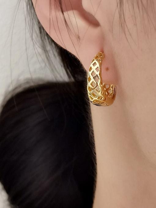 HYACINTH Brass Hollow Geometric Vintage Huggie Earring 1