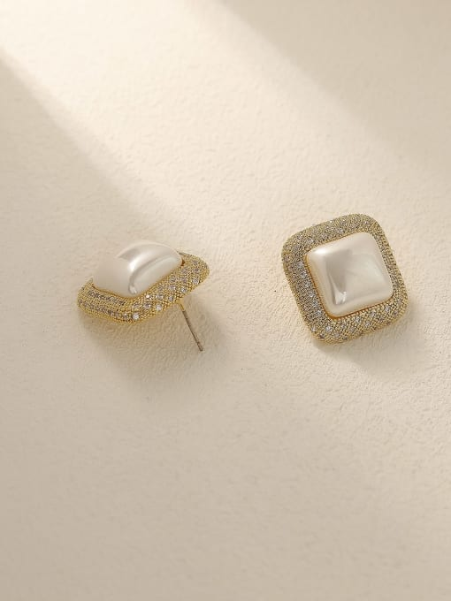 HYACINTH Brass Cubic Zirconia Geometric Vintage Stud Earring 3