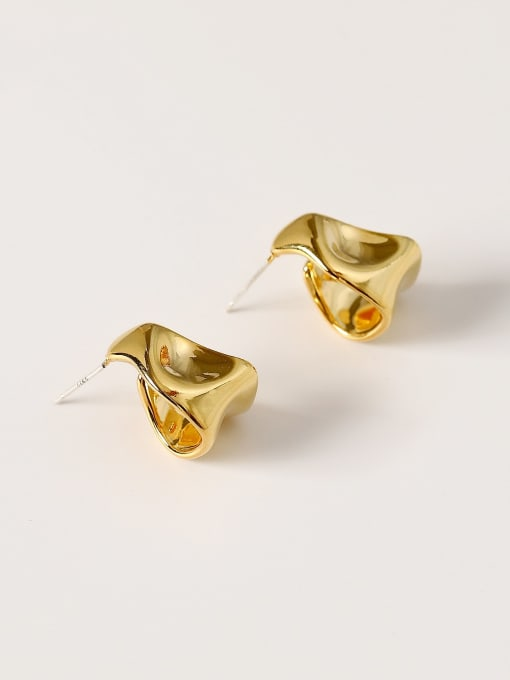 18K  gold Brass Smooth Irregular Vintage Stud Earring