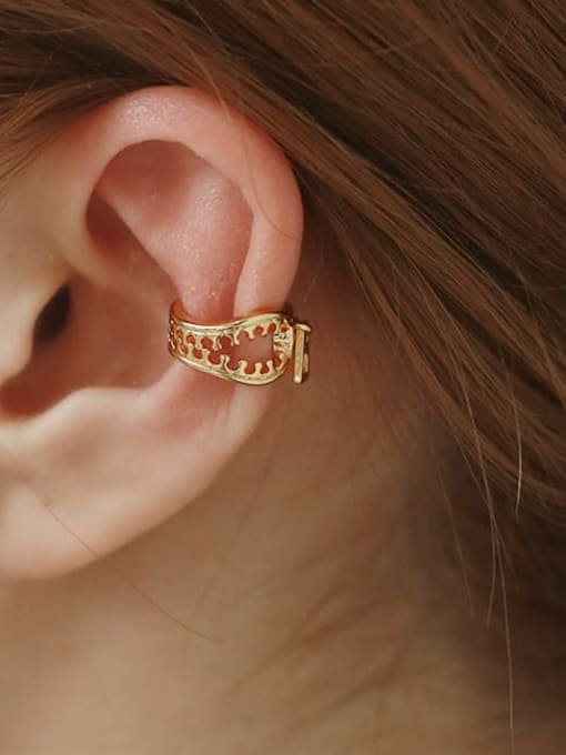 TINGS Brass Hollow Irregular Vintage Single Earring 1
