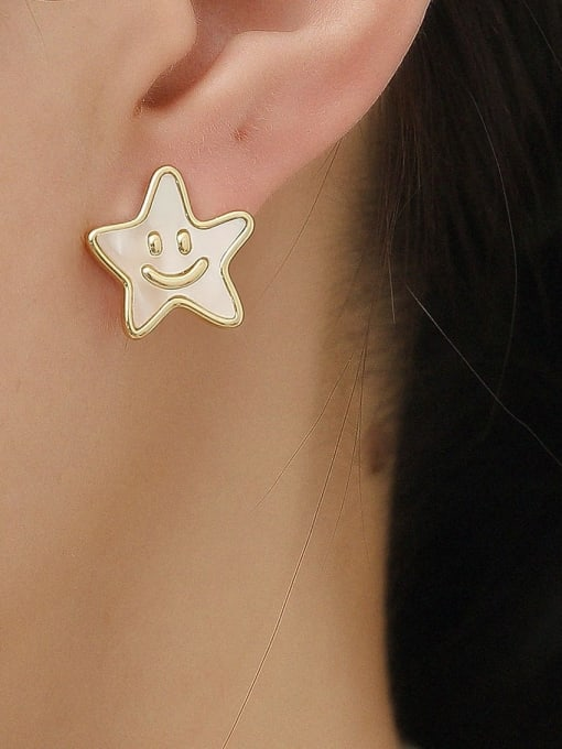 HYACINTH Brass Enamel Asymmetry Letter Minimalist Stud Earring 2