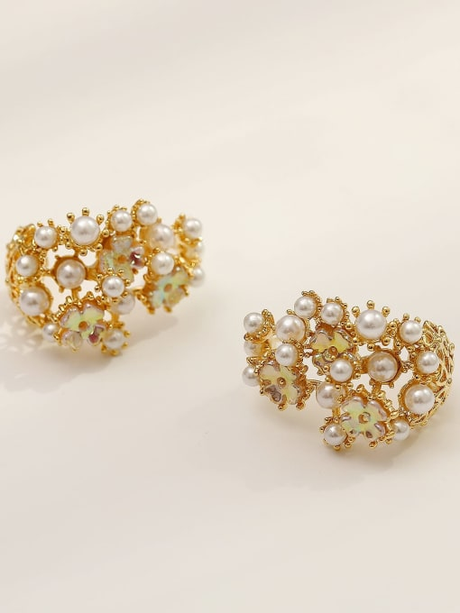 HYACINTH Brass Imitation Pearl Irregular Vintage Stud Earring 3