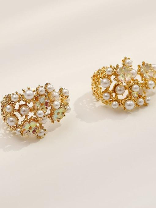 14k Gold Brass Imitation Pearl Irregular Vintage Stud Earring