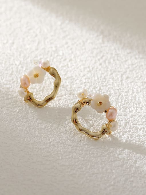 HYACINTH Brass Resin Geometric Flower Vintage Stud Earring 0