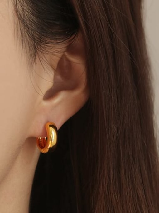 Medium (single sale) Brass Round Minimalist Huggie Earring(ONLY ONE PCS)