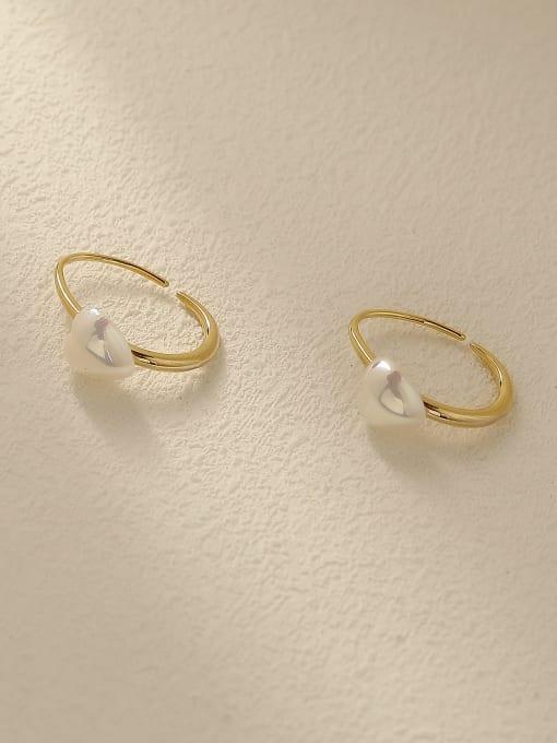 HYACINTH Brass Freshwater Pearl Heart Vintage Stud Earring 0
