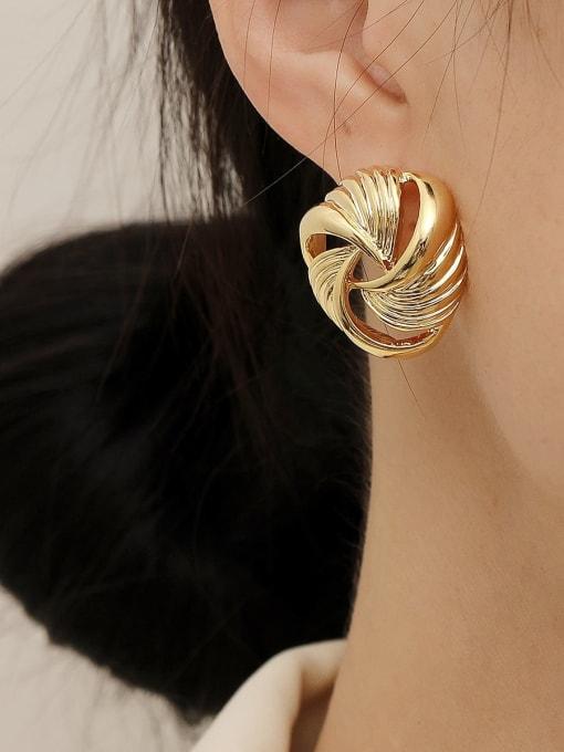 HYACINTH Brass Hollow Geometric Vintage Stud Trend Korean Fashion Earring 1