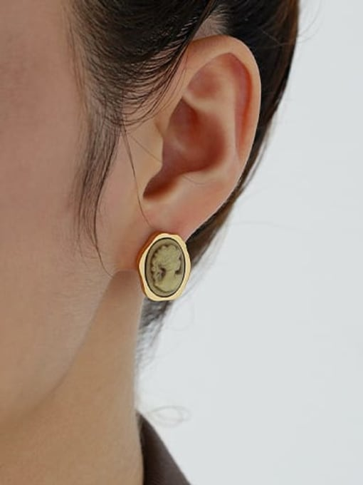 ACCA Brass Resin Oval Vintage Stud Earring 1