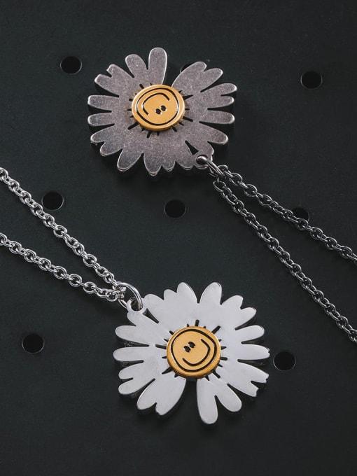 WOLF Titanium Steel Flower Hip Hop Necklace 1