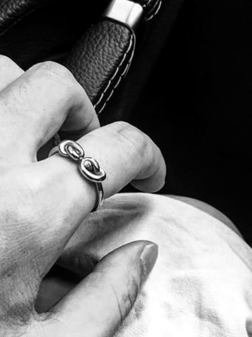 WOLF Titanium Steel Bowknot Vintage Band Ring 1