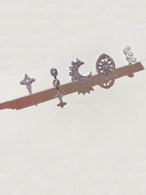 Ming Brass Rhinestone Geometric Bohemia Huggie Earring 0