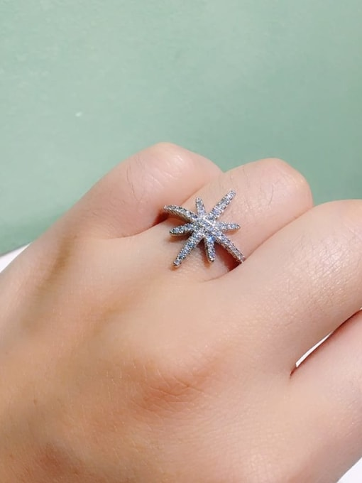 Ming Brass Cubic Zirconia Flower Minimalist Band Ring 4