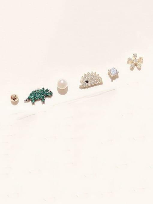 Ming Brass Rhinestone Mouse Minimalist Stud Earring 0