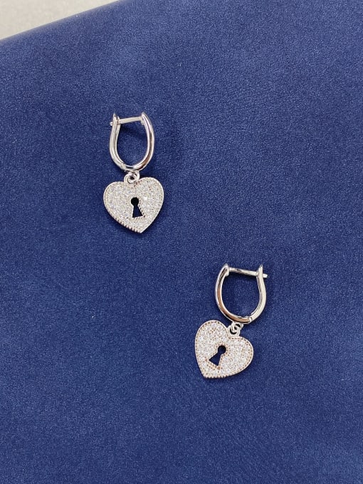 LM 925 Sterling Silver Cubic Zirconia Cluster Earring