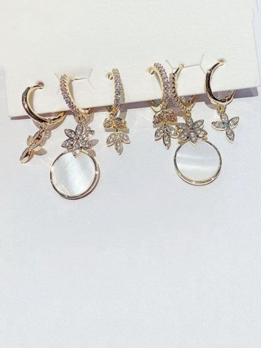 Ming Brass Shell Irregular Minimalist Huggie Earring