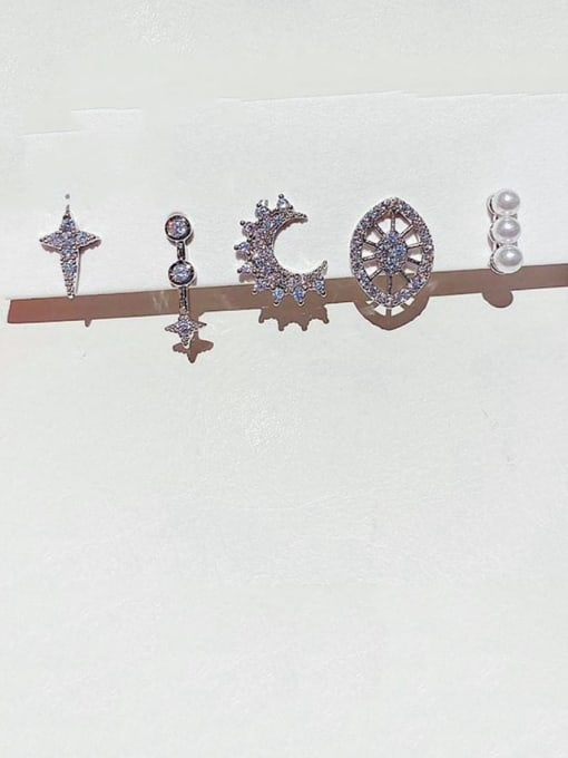 Ming Brass Rhinestone Geometric Bohemia Huggie Earring 1