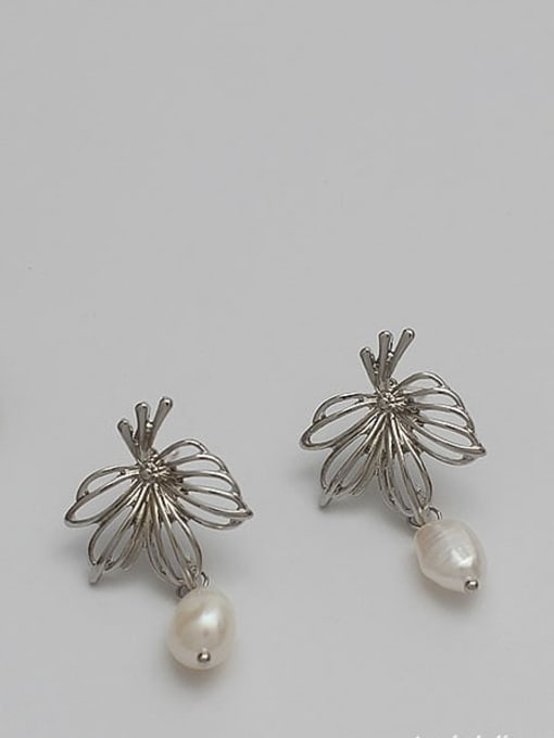 HYACINTH Copper Alloy Freshwater Pearl Gold Geometric Minimalist Earring 2
