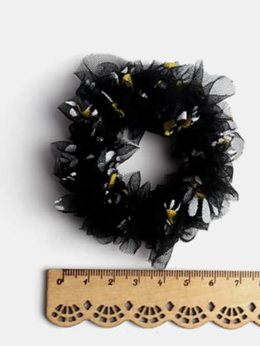 JoChic Net Yarn Small Daisies Minimalist Flower Hair Barrette 2