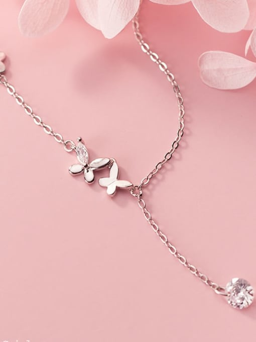 Rosh 925 Sterling Silver Silver Butterfly Minimalist Necklace