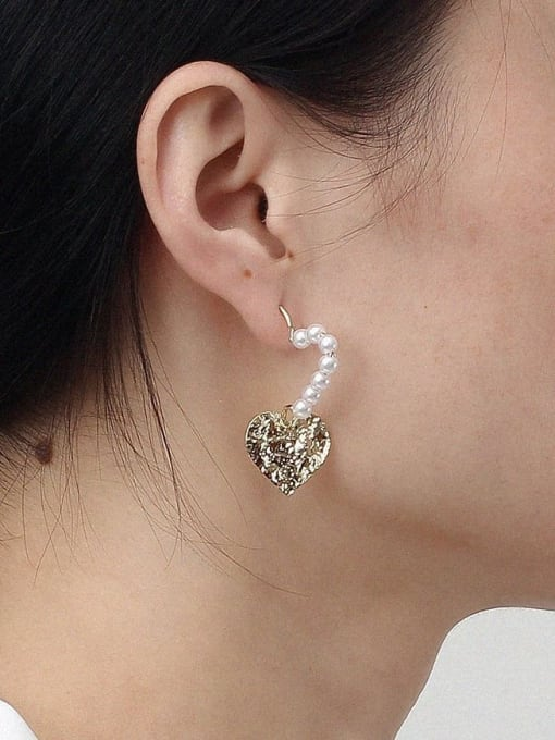 HYACINTH Alloy Freshwater Pearl Gold Heart Classic Earring 1